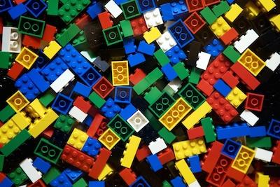 ¿Que tienen en común la tecnología y los legos?
